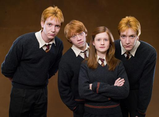 Fred-George-Ginny-Ron-HP-5-the-weasley-family-28758545-2500-1850