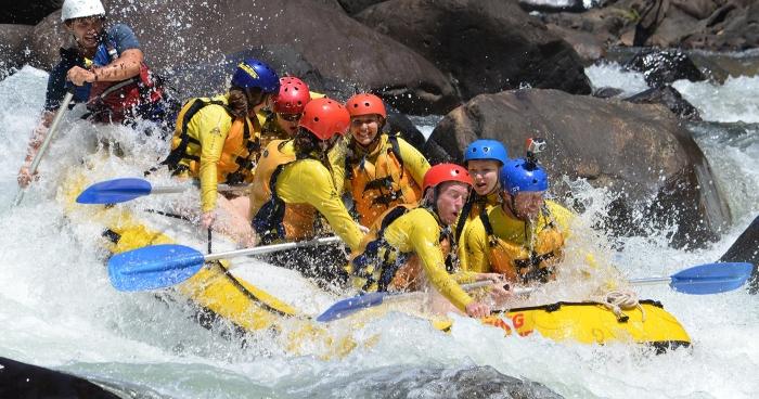 1 white-water-rafting-tully-river-raging-thunder-australia-cairns